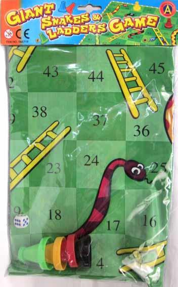 SNAKES AND LADDERS GAME SET