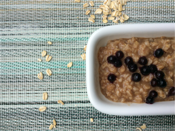 Weekend Banana Bread Oatmeal -We love starting our weekends with this delicious Banana Bread Oatmeal.