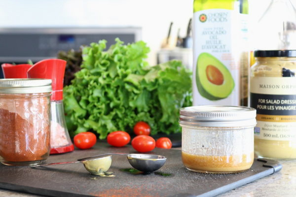 5 Minute Dijon Maple Salad Dressing - so quick and easy to make, and it tastes amazing.