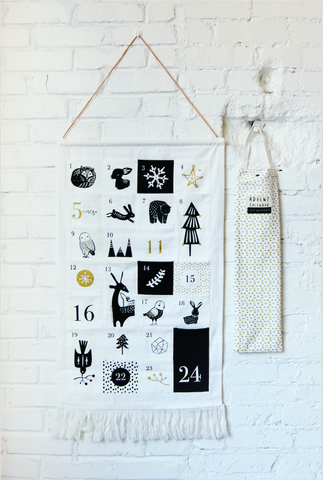 Advent Calendar | |Black & White Cloth