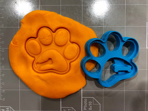 Cute Dog Paw with Bone Imprint Cookie Cutter