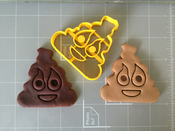 Poop cookie cutter arbi design cookiecutz for Cookie cutter house plans