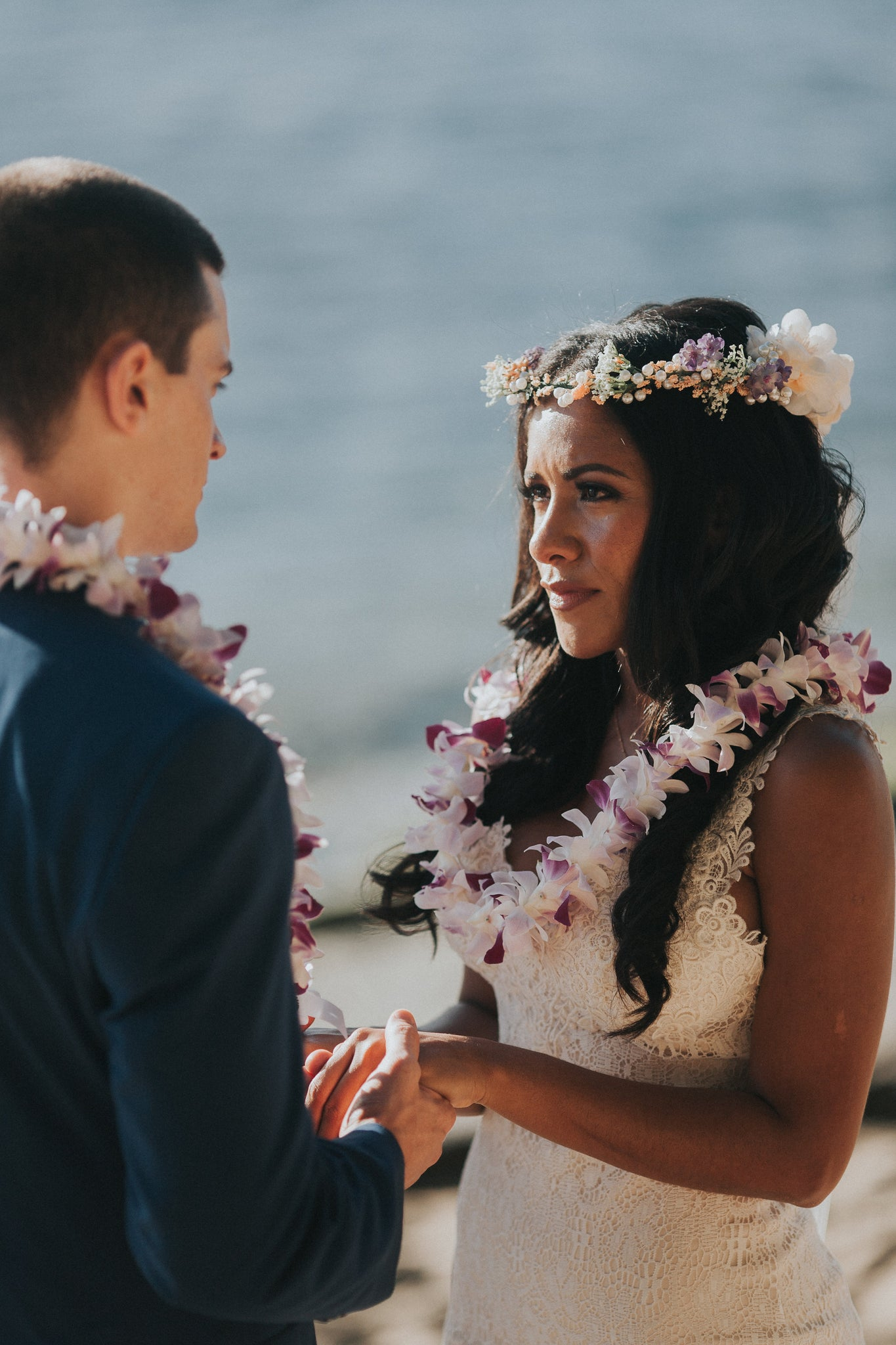 Bride and Groom exchange Vows at Ke'e Beach, Hawaii