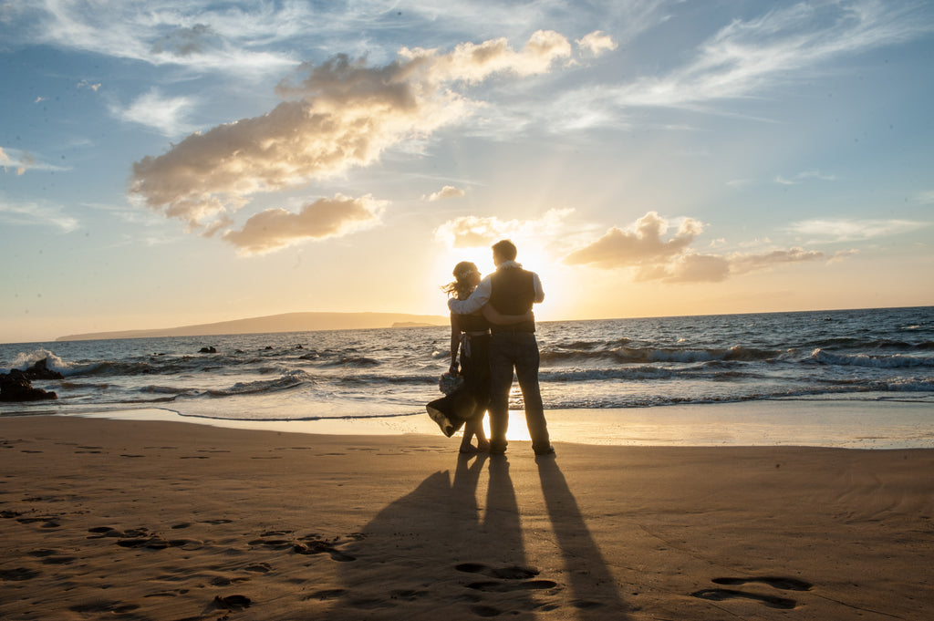 Olivia and Ben Marry in Makena, Maui