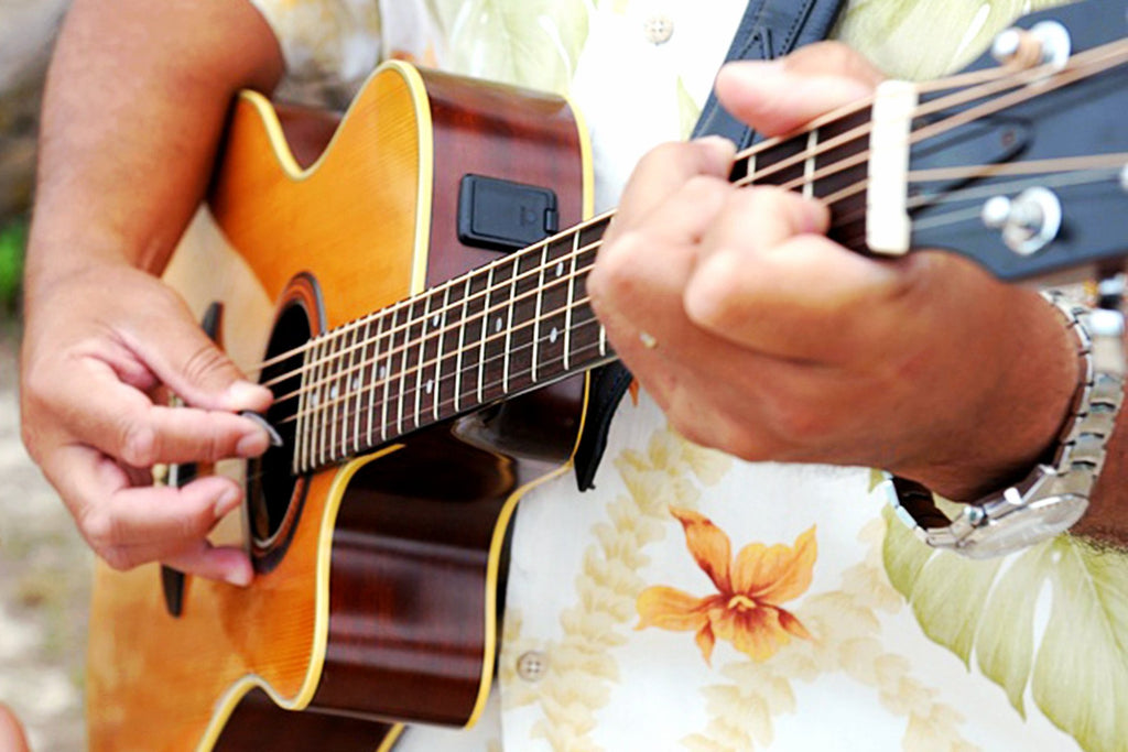 LIVE Singer Guitarist | Hawaii Beach Weddings & Elopements | Married with Aloha, LLC
