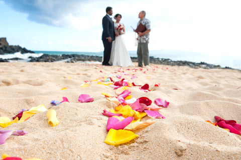 Scattered Rose Petals , Flowers & Lei's - Hawaii Weddings, Married with Aloha, Hawaii - 1