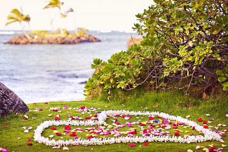 Heart or Circle of Fresh Florals Leis , Flowers & Lei's - Hawaii Weddings, Married with Aloha, Hawaii - 1