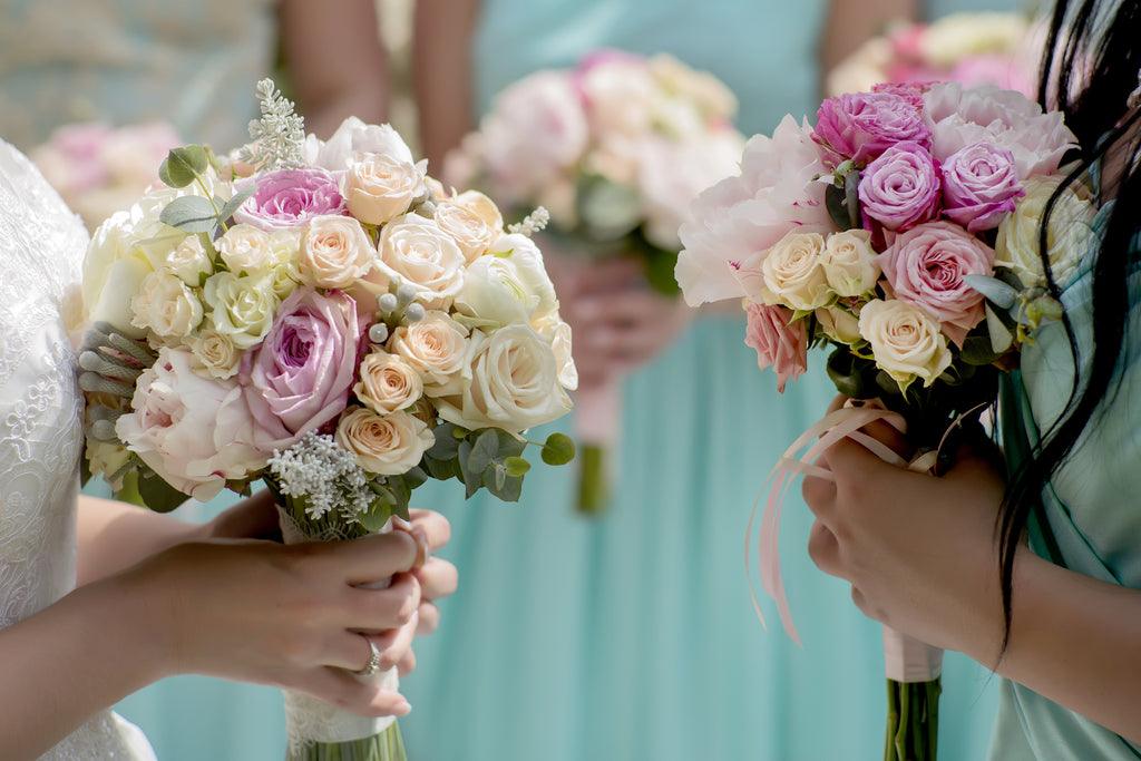 Bridesmaids Matching Wedding Bouquet | Hawaii Beach Weddings & Elopements | Married with Aloha, LLC