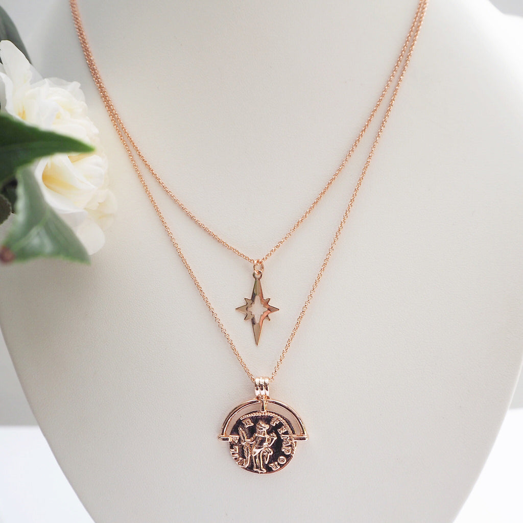 North Star Pendant Necklace - Blush & Co.