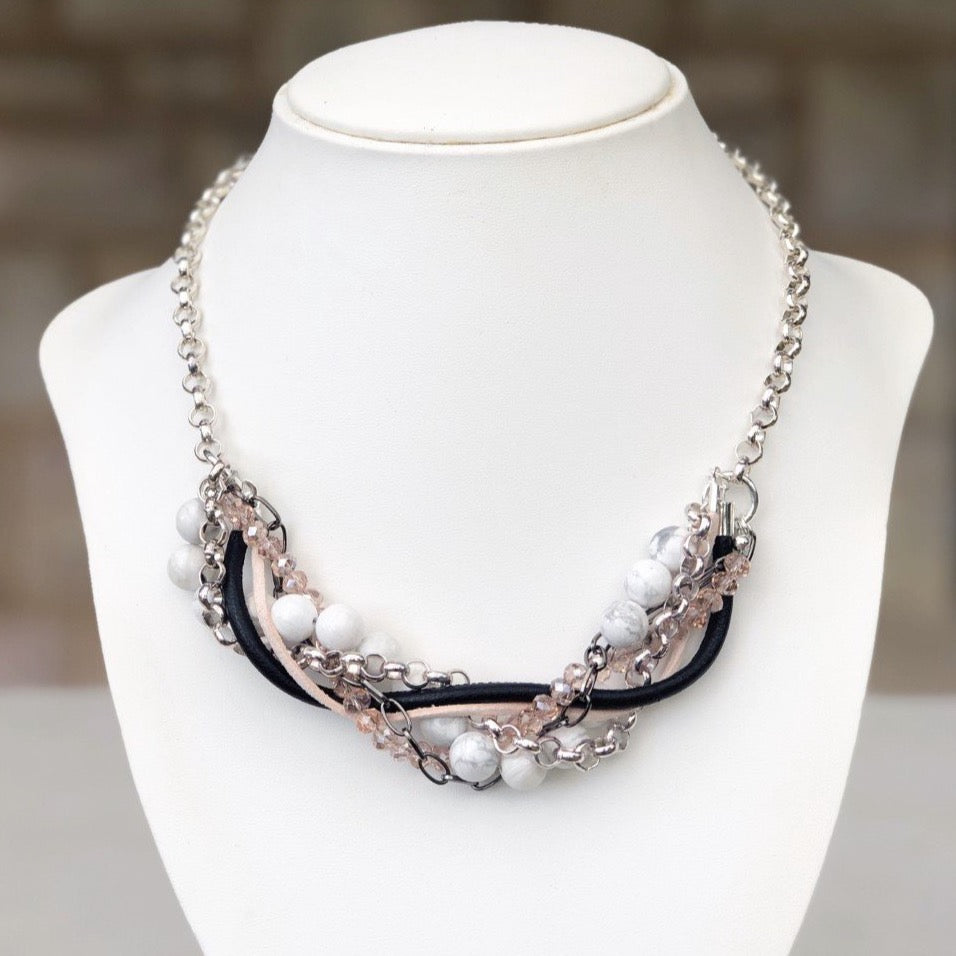Rosa Statement Necklace - Blush & Co.