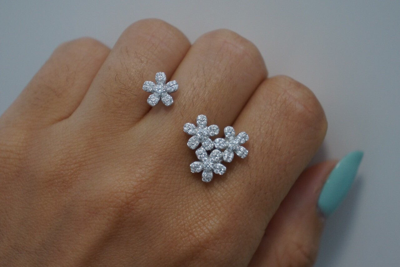 "The ""Daisy"" sterling silver floating flower ring"