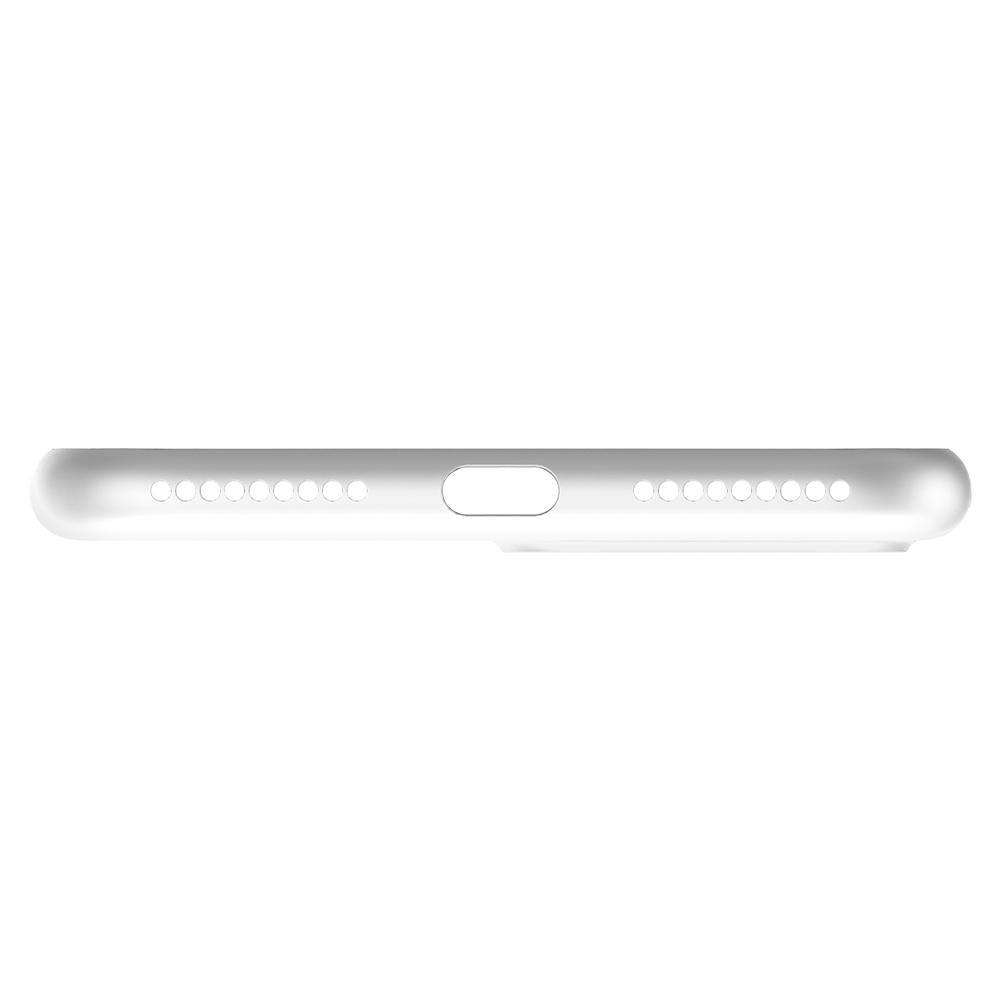 Air Skin	Soft Clear Case	showing the bottom with precise cutouts.