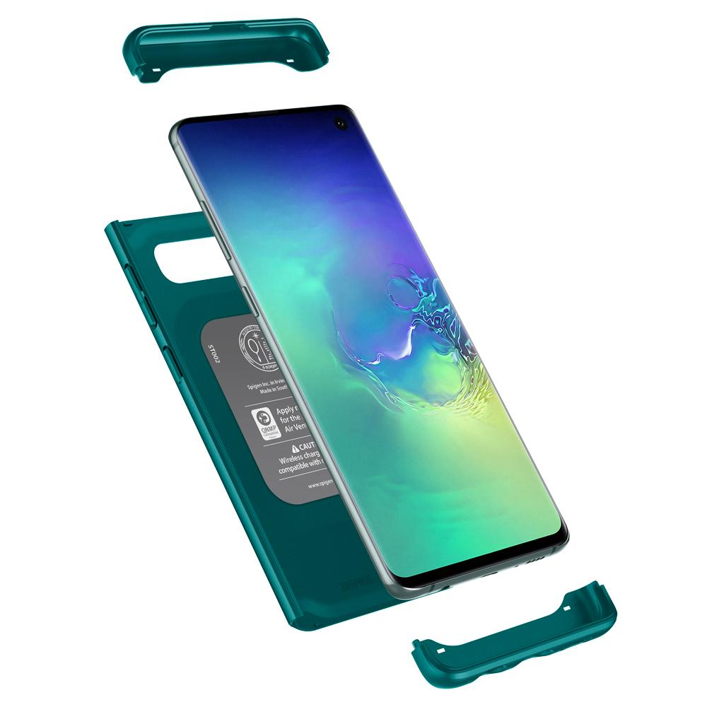 Thin Fit Classic	Green	Case	separated showing the outer PC layer and the	Galaxy S10	device.