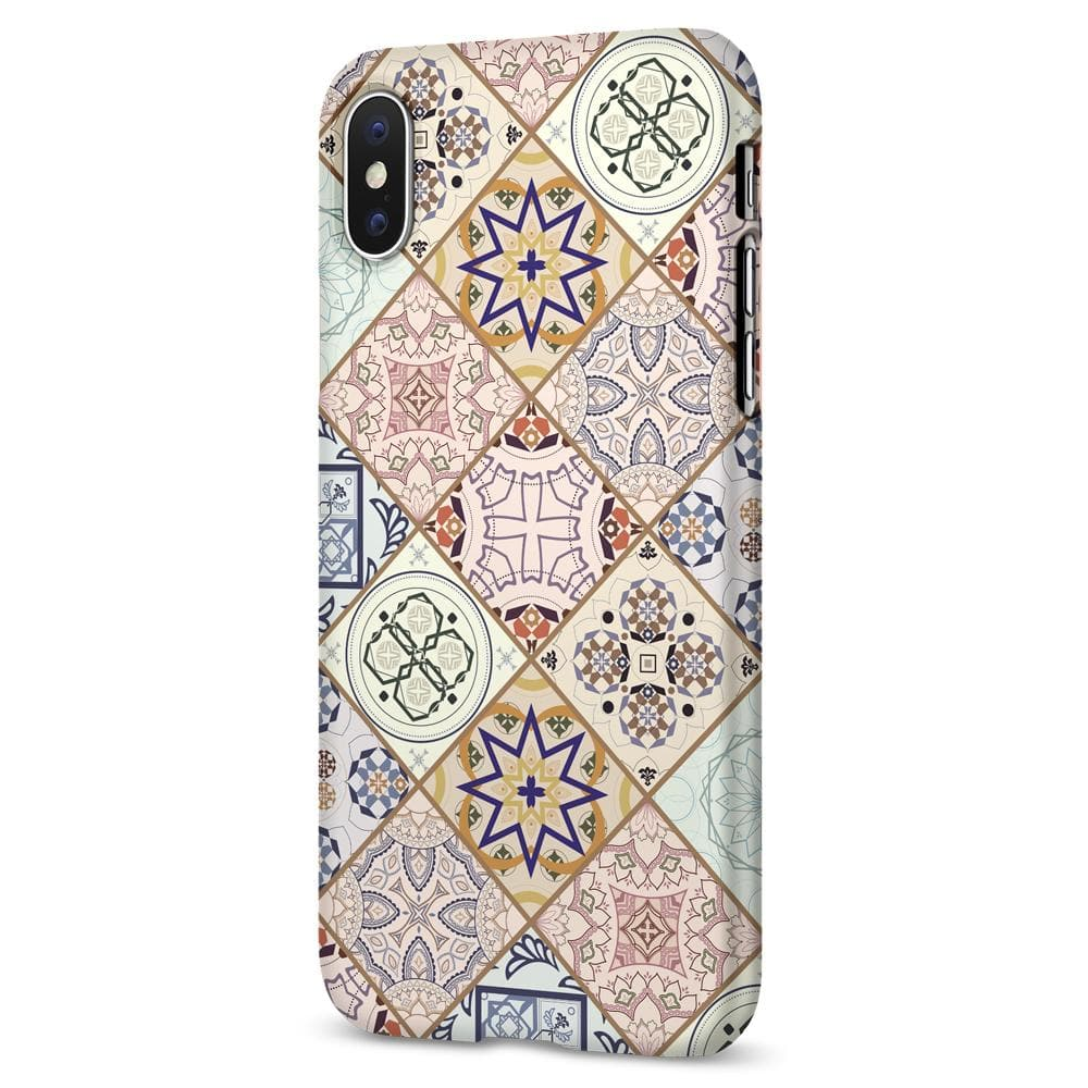 Thin Fit Design Edition	Arabesque 	Case	facing backwards showing the back design with the camera cutout on the	iPhone XS/X	device.
