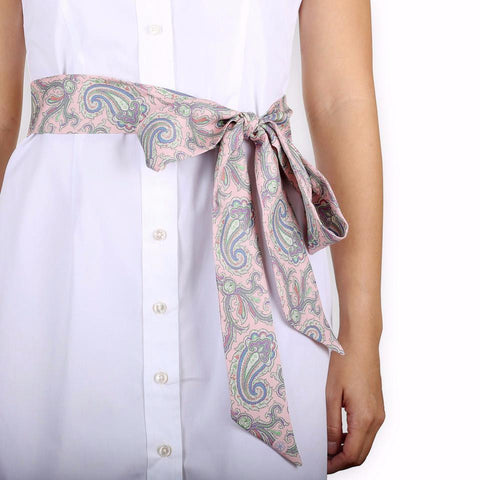Pezuri Paisley Silk Sash in Sakura. Shop online pink paisley sash made from silk twill printed in Como, Italy with a soft madder finish. Designed and made in Singapore. International shipping.