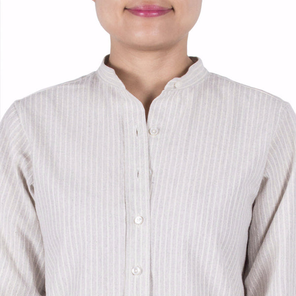 Bando Shirt in Ice-Blue Cream Striped Cotton Seersucker. Shop online band collar shirt with a comfortably relaxed fit, made from Japanese light-blue cream striped cotton seersucker. Designed and made in Singapore. International shipping.