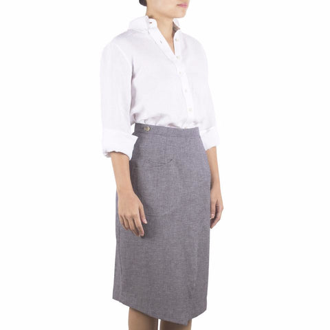 Shop online wrap skirt with pencil-skirt silhouette, cut from Italian cotton linen in navy-white basketweave of melange effect. Made in Singapore. International shipping.