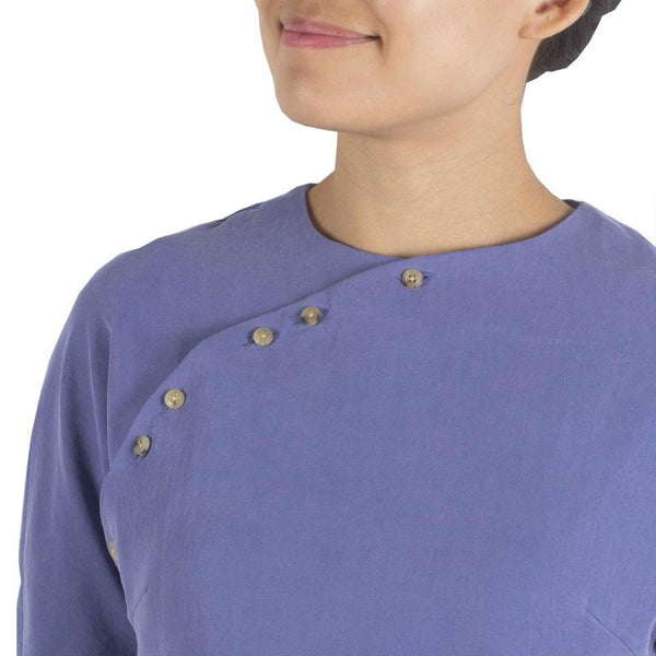 San Top in Periwinkle Blue Tencel Cotton. Shop online blue cheongsam-inspired cropped Japanese tencel cotton blouse with horn buttons and back panels. Made in Singapore, international shipping.