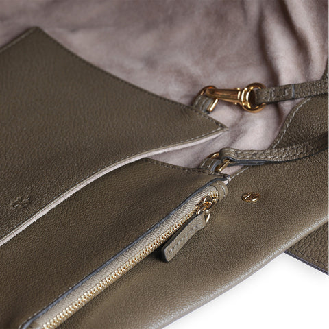 Penta Tote & Pouch in Olive