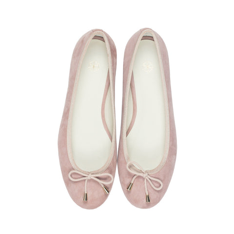 Calla Suede Ballet Flats in Blush. Shop online pink ballerina flats with goat suede uppers, calf leather lining and cow leather outsoles. Designed in Singapore, made in Spain. International shipping.