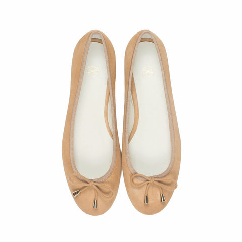 Calla Suede Ballet Flats in Sand. Shop online brown ballerina flats with goat suede uppers, calf leather lining and cow leather outsoles. Designed in Singapore, made in Spain. International shipping.
