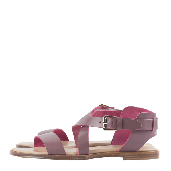 Caballo Sandals in Mauve. Shop online mauve sandals with vegetable-tanned cow leather straps, calf leather insole and cow leather outsoles. Designed in Singapore and made in Spain. International shipping.