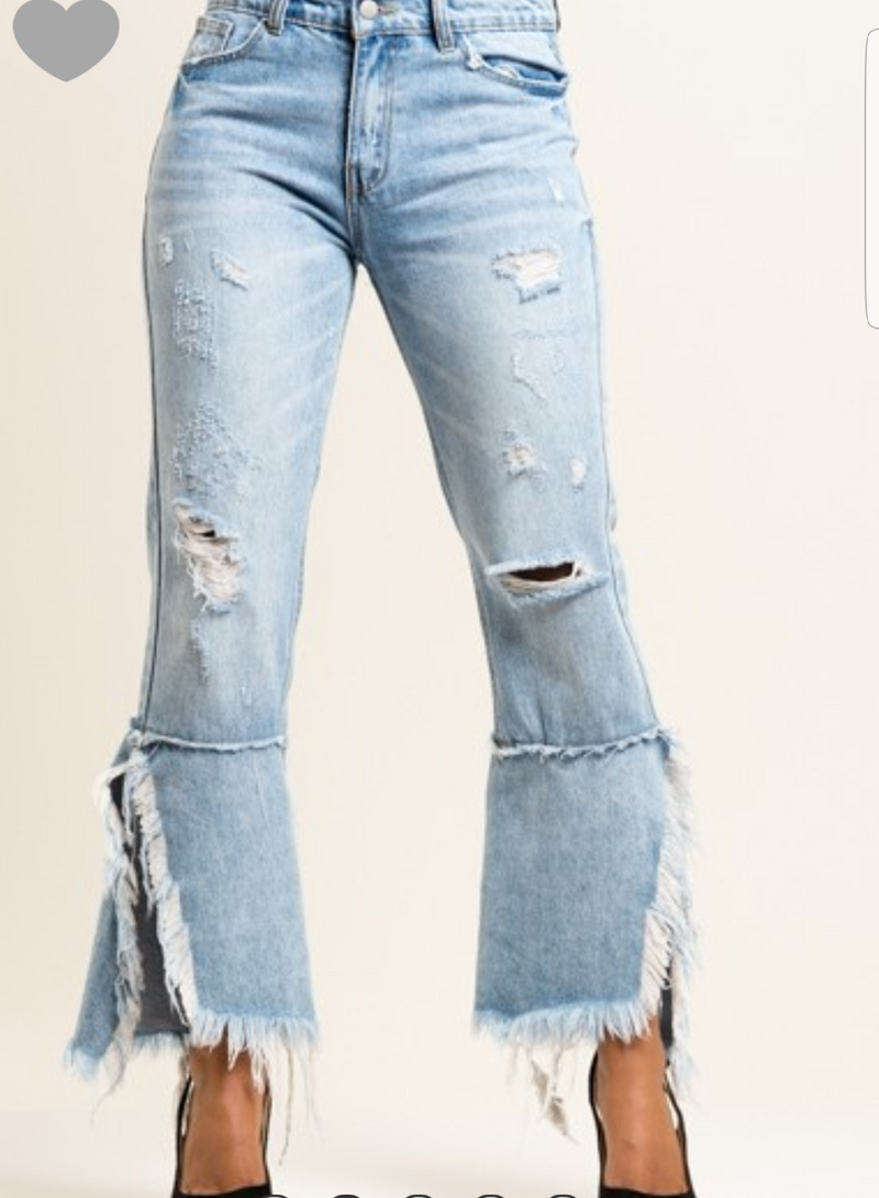 Destroyed Fun Jeans