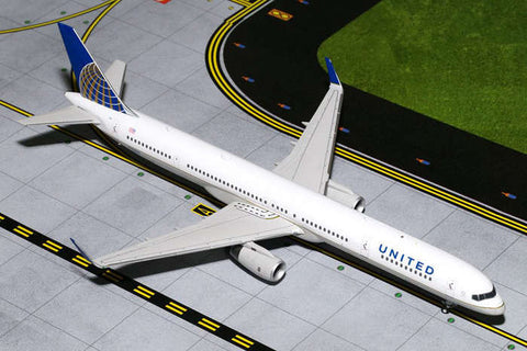 Gemini United 757-300W Post Co #N75858 1:200