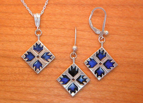 Bear Paw Quilt Jewelry - enameled sterling silver