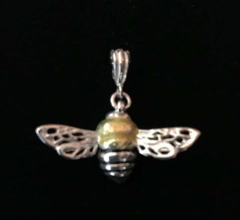 Honeybee Pendant (w/o chain)
