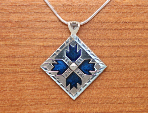 Lg Bears Paw Quilt Necklace - enameled sterling silver
