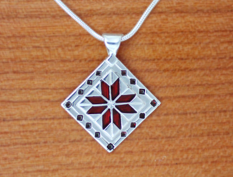 LeMoyne Star Quilt Necklace - Lg version