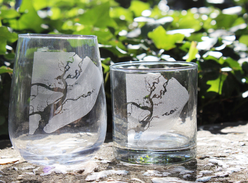 Hilton Head Map - Engraved Rocks & Stemless Wine Glasses