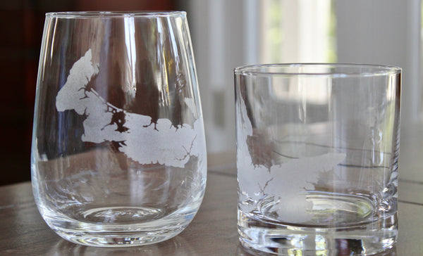 Prince Edward Island (PEI) Map - Engraved Rocks, Stemless Wine & Pint Glasses