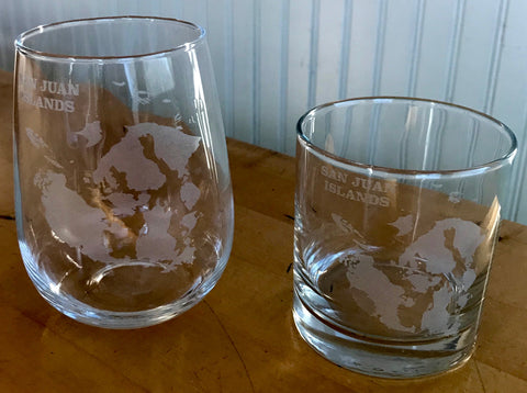 San Juan Islands Map - Engraved Rocks & Stemless Wine Glasses