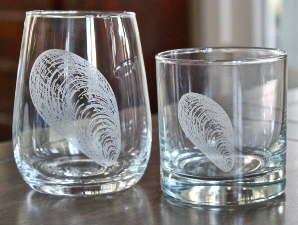 Mussel Shell Engraved Rocks, Stemless Wine & Pint Glasses