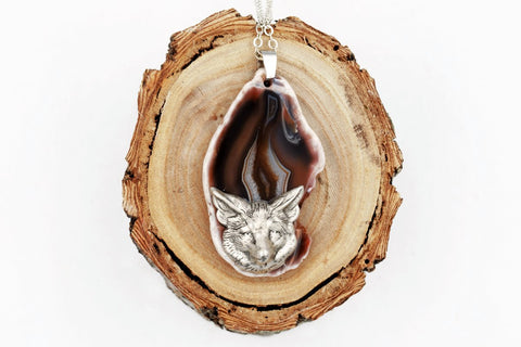 Fox Agate Slice Necklace (Dyed Brown, Nature Animal Jewelry) fripparie