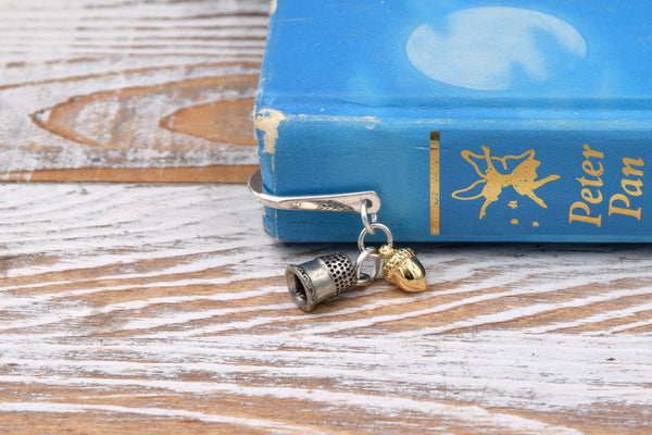 Peter Pan Kiss Metal Hook Bookmark with Thimble and Acorn Charms fripparie