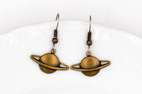 Planet Saturn Dangle Earrings (Brass or Silver Plated, Galaxy Space Jewelry) fripparie