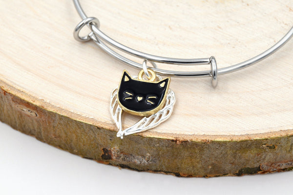 Winged Anime Cat Kawaii Expandable Bangle Charm Bracelet (Stainless Steel, Blue, Black, White, Pink, Fantasy Jewelry) fripparie