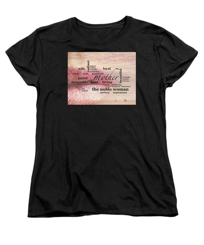 T-Shirt - Noble Woman (Standard Fit)