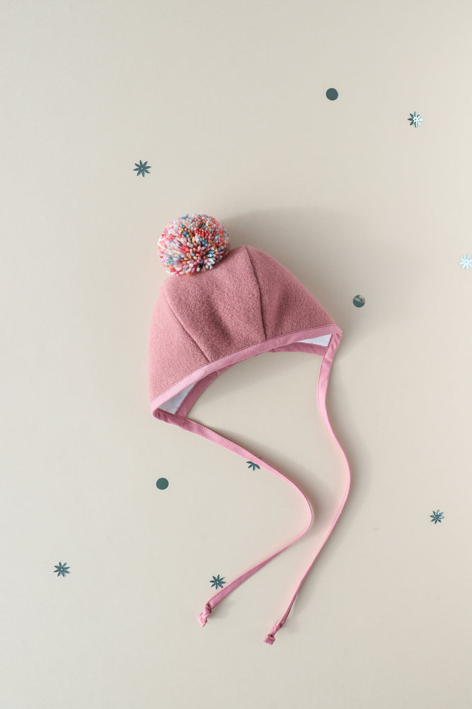 Snap! Pom Bonnet Silk-Lined