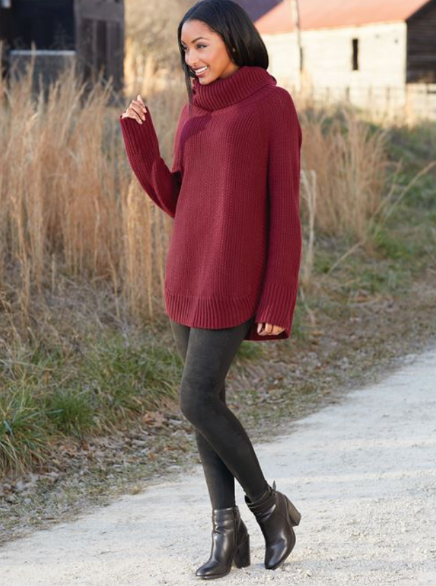 Tobi Turtleneck, Burgundy