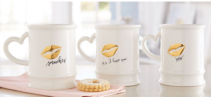 Gold Kiss Print Mugs