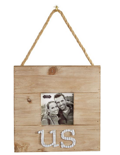 Tin Us Hanging Frame