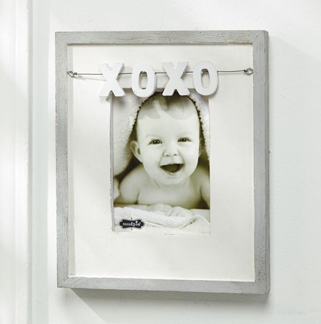 XOXO Charm Frame by Mud Pie