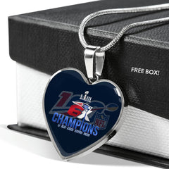 NFL 100 Luxury New England Patriots Necklace Handcrafted Can Be Engraved Any TEXT (Stainless/Gold)