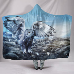 Owl Lovers Fantasy Plush Lined Hooded Blanket