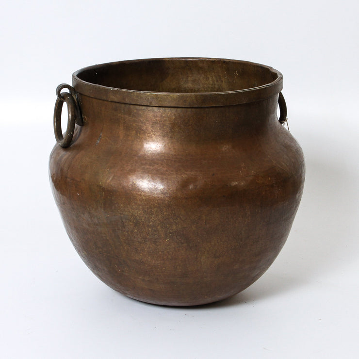 IDE1117-23 Vintage Indian Brass Pot