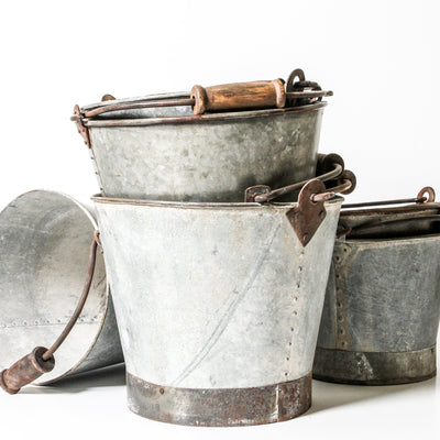 IDE1119-08 Indian Iron Bucket with Wood Handle